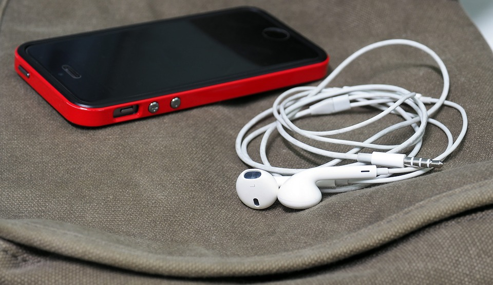 headphones-1088732_960_720